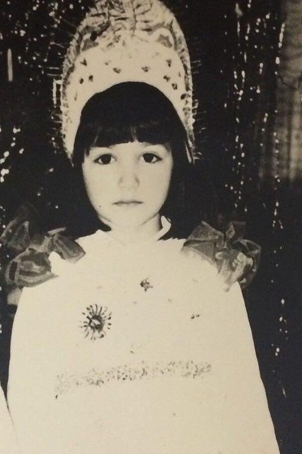 А голос прекрасной снегурочки Лианы Эбжноу хорошо известен слушателям радио Sputnik - Sputnik Абхазия