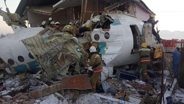 Крушение пассажирского самолета в Казахстане - Sputnik Абхазия
