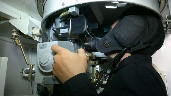 В Абхазии новобранцы танковых подразделений ЮВО приступили к тренировкам на компьютерных танковых тренажерах - Sputnik Аҧсны