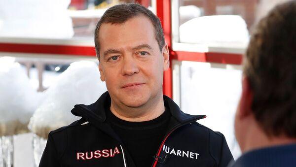 Интервью Д.Медведева Первому каналу - Sputnik Абхазия