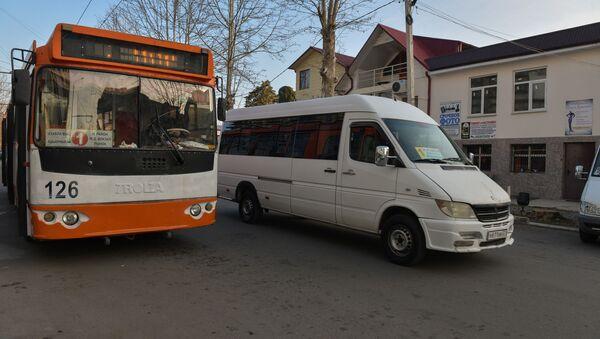 Общественный транспорт  - Sputnik Абхазия
