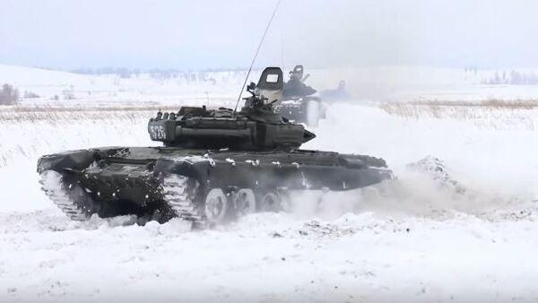 Российские танкисты разгромили условного противника в Кемеровской области - Sputnik Абхазия