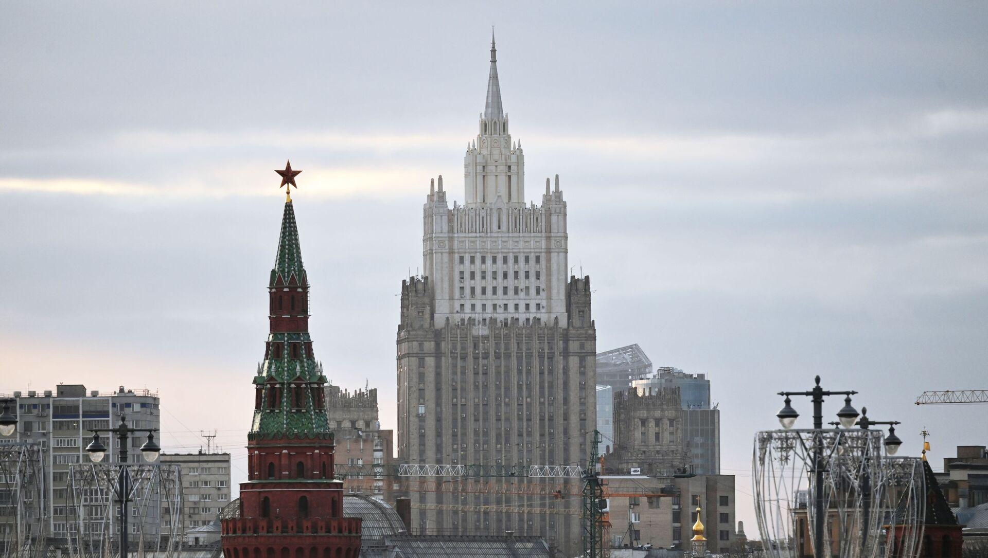 Здание Министерства иностранных дел РФ - Sputnik Аҧсны, 1920, 09.10.2021