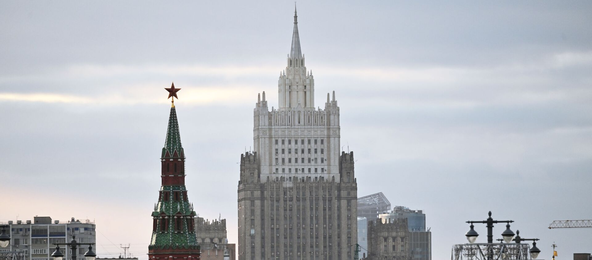 Здание Министерства иностранных дел РФ - Sputnik Аҧсны, 1920, 17.04.2021