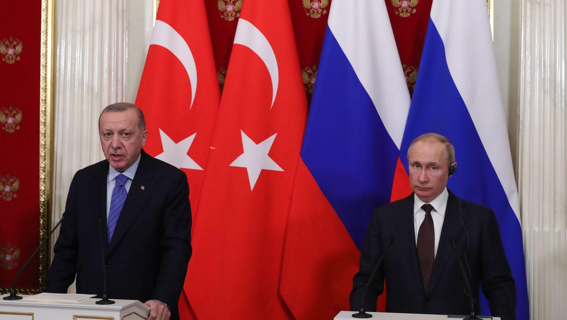 Президент РФ В. Путин встретился с президентом Турции Р. Эрдоганом - Sputnik Абхазия, 1920, 26.09.2021