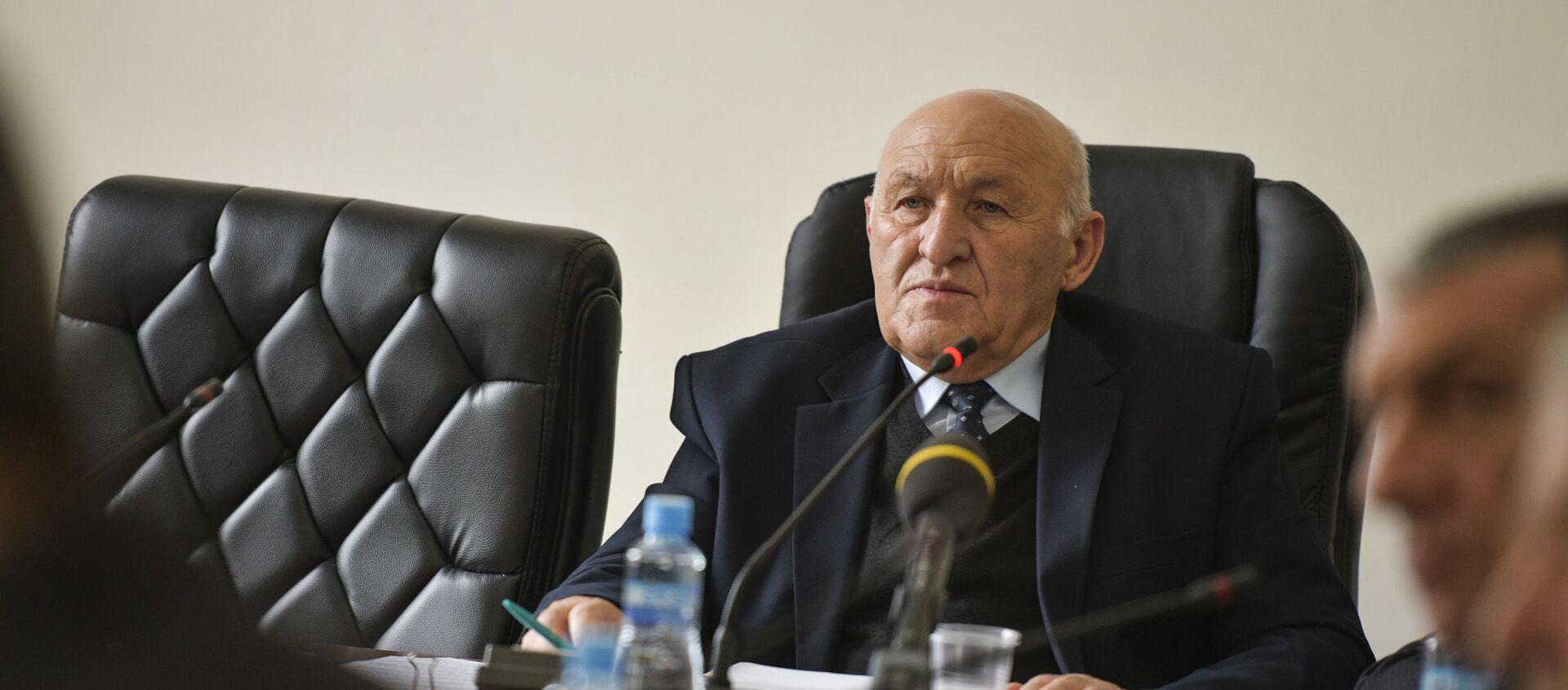 Спикер парламента Валерий Кварчия  - Sputnik Абхазия, 1920, 04.10.2021