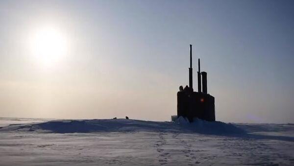 Американская подводная лодка всплыла рядом с российской базой в Арктике - Sputnik Абхазия