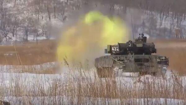 Стрельбы экипажей танков Т-80БВ на Тихоокеанском флоте - Sputnik Абхазия