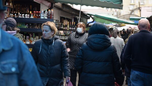 Очередь на рынке  - Sputnik Абхазия