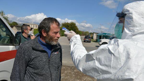 Бригада медиков на милицейском посту - Sputnik Абхазия