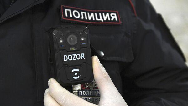 Работа сотрудников полиции в Московском метрополитене - Sputnik Аҧсны