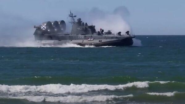 Эффектные кадры учений Балтийского флота в Калининградской области - Sputnik Абхазия
