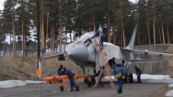Учения истребительной авиации: 50 экипажей устроили воздушный бой над Тверской областью - Sputnik Абхазия