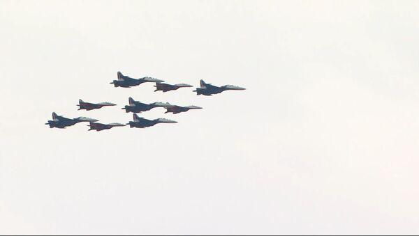 Репетиция воздушной части Парада Победы прошла в Москве - Sputnik Абхазия