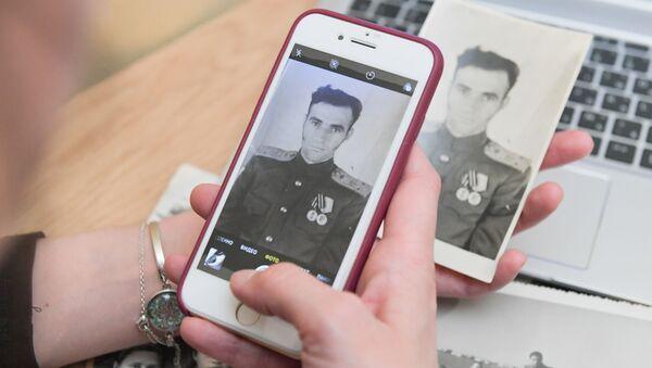 Подготовка к участию в акции Бессмертный полк онлайн - Sputnik Аҧсны