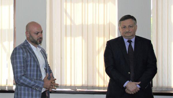 Беслан Эшба назначил Джона Атумава и.о. председателя комитета по вопросам молодежи и спорта - Sputnik Абхазия