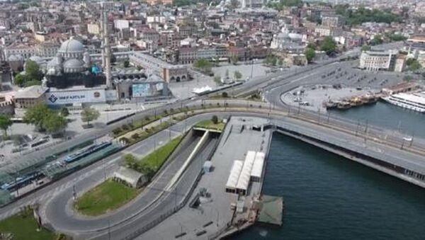 Беспилотник заснял безлюдные улицы Стамбула - Sputnik Абхазия