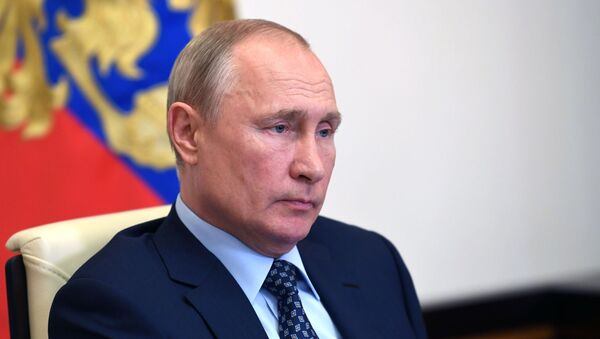 Президент РФ В. Путин провел совещание о санитарно-эпидемиологической обстановке - Sputnik Абхазия