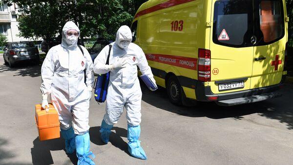 Работа бригады скорой помощи в Москве - Sputnik Аҧсны