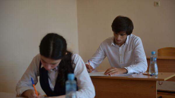 Выпускные экзамены в 4 школе г.Сухум - Sputnik Абхазия