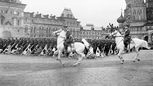 Москва Ашҭа ҟаԥшь аҟны рашәара 24, 1945 шықәсазы имҩаԥысуаз Аиааира Апарад - Sputnik Аҧсны