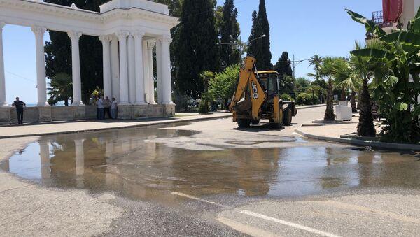 Авария на водопроводе произошла по причине износа водопроводных труб - Sputnik Абхазия