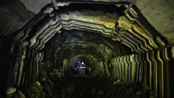 Штольня 8-ой шахты в Акармаре - Sputnik Абхазия