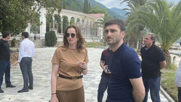 Кристина Озган повторно посетила с инспекцией Гагрский район - Sputnik Аҧсны
