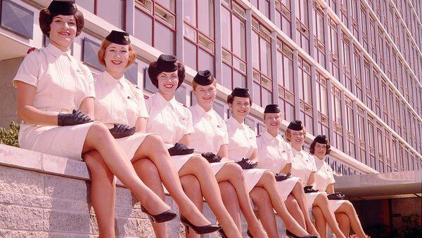 Летняя униформа стюардесс авиакомпании National Airways Corporation, 1959 год  - Sputnik Абхазия